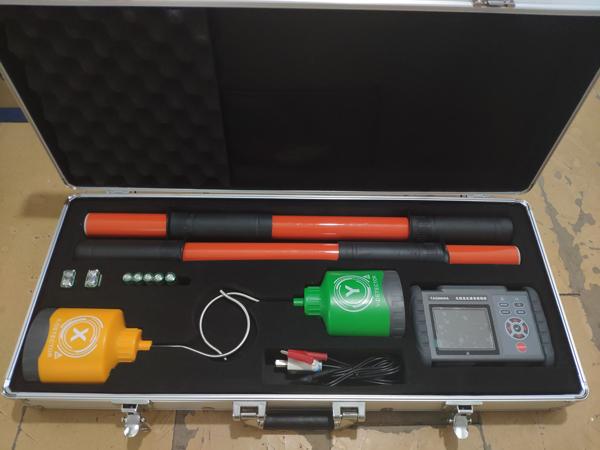 新品發布:TAG9000無線高壓語音核相儀